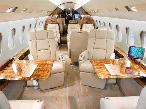 Falcon 2000 performance specifications and comparisons for Interior tango 01